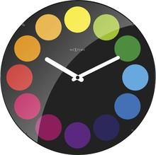 Zegar 3167 Dots Dome zaprojektowany przez NeXtime, wyposażony jest w mechanizm płynący zasilany za pomocą baterii typu AA. Zegar wykonany ze szkła w w...
