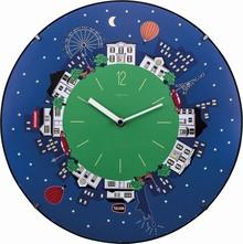 Zegar 3178 Little Planet Dome zaprojektowany przez Michele Duquesnoy, wyposażony jest w mechanizm płynący zasilany za pomocą baterii typu AA. Zegar...