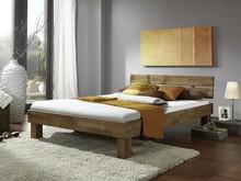 Łóżko Albert wykonane z drewna dębowego dostępne w dwóch wymiarach: - 145 cm x 212 cm - 185 cm x 212 cm  Cechy: - wysokość ramy: 37 cm, - wysokość...