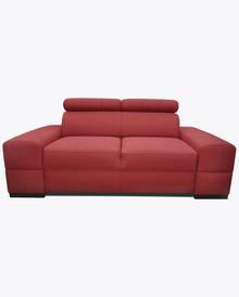 Sofa Loft 7  Nowoczesna sofa Loft 7, pięknie wkomponuje się w Twoje wnętrze.  Prezentowany produkt ze zdjęcia zawiera:  • regulowane zagłówki z...
