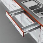 Zestaw elementów do wykonania szuflady M Zlewozmywakowej z hamulcem BLUMOTION Wysokość boku M=83mm Długość prowadnic 450mm Kolor brunatnoczarny...