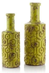 Osłonki i wazony GOTERO w stylu rustykalnym ,wyprodukowano z ceramiki w kolorze zielonym z wytłoczonym wzornictwem. Donice są celowo postarzane...