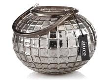 Lampiony FALGUNI, wykonane w manufakturze indyjskiej z artystycznego szkła i srebrzonego metalu, zachwycają wyglądem.Ręczna praca rzemieślników...