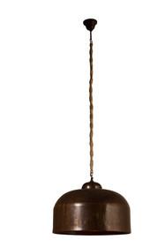 Lampa wisząca BESAR jest utrzymana w klimacie industrialnym.  Klosz został wykonany z metalu i wykończony w brązowym kolorze, który przypomina ciemną...