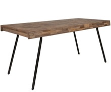 Stół SURI 160x78  Materiał: Blat z drewna tekowego z recyklingu Naturalne lakierowane (na bazie wody) Łagodna stalowa rama z czarną powłoką antyczną...