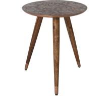 Stolik BAST miedziany  Materiał: lite drewno sheesham, PU-lakierowane Blat pokryty cienką blachą w kolorze miedzi z ręcznie wytłoczonym wzorem ...