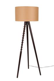 Lampa stojąca ARABICA  Cechy: Nogi z litego drewna bukowego kolor wykończenia orzech Czarny kabel PVC Długość przewodu: 215 cm Źródło światła: E27...