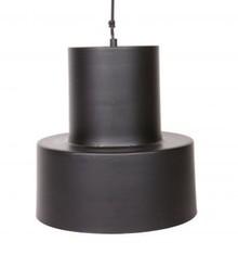 Lampa wisząca BEAM czarna  Lampa ścienna Cover Up dostępna jest w dwóch kolorach wykończenia: mosiądzu i czarnym. Lampa posiada szklany klosz. ...