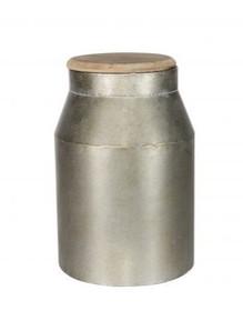 Metalowa beczka średnia w szarym kolorze  Wymiary:  - Wysokość: 36 cm - Szerokość: 20 cm - Głębokość: 20 cm  Materiał:  - metal/drewno