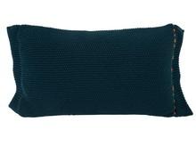 Poduszka ASTER niebieska  Wymiary: 60 x 30 cm  Materiał: 100% akryl, tył bawełna Wypełnienie z włókna poliestrowego