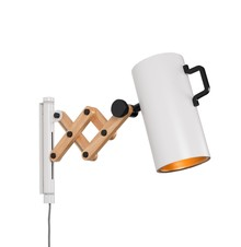 Lampa ścienna FLEX biała marki Zuiver  Materiał: Klosz i podstawa w kolorze białym matowym, wnętrze klosza w kolorze złotym Wysuwane ramię: lite...