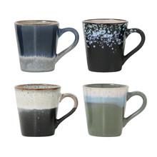 """Zestaw 4 kubków do espresso ceramicznych 70""""s marki HK Living Każdy jest z innym wykończeniem w stylu lat siedemdziesiątych. Można je myć w..."""