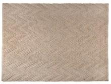 Dywan PUNJA 170x240 beżowymarki Zuiver  Ręcznie tkany dywan wykonany z wełny i wiskozy.  Wymiary 170 x 240 cm Wysokość: 10 mm