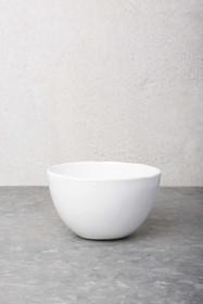 Biała misa ceramiczna z serii Urban. Proste wykonanie, smukła forma nadaje jej majestatu.Można myć w zmywarce.Produkty marki Urban Nature Culture łączą...
