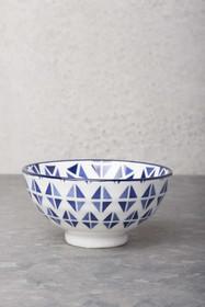 Ceramiczna misa z serii mis inspirowanych wzorami na chińskiej porcelanie.Wymiary:10cm śr.Produkty marki Urban Nature Culture łączą w sobie wpływy...