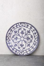 Bambusowy talerz łączący w sobie francuskie wzory kwiatowe z portugalskimi kolorami. Talerz jest ręcznie malowany i można go myć w zmywarce. Produkty...