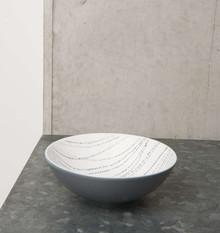 Mała porcelanowa miseczka Ruka, wzór kropki.Wymiary:13 x 4 cmPojemność: 280mlProdukty marki Urban Nature Culture łączą w sobie wpływy i...
