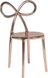 Krzesło Ribbon metalowe różowe złoto  Krzesła Ribbon zostały zaprojektowane przez Nika Zupanc, która dołączyła do grona wybitnych projektantów...