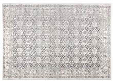 Dywan Malva, marki Zuvier, tkany maszynowo.  Materiał: 80% bawełny chenille, 20% wełny, od spodu wykończony jutą.  Wymiary:200 x 300 cm