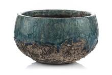 Doniczki MiuBlu to ceramika w kolorach morza i nieba. Wykonane z wytrzymałej kamionki , której zewnętrzne szkliwo zostało celowo postarzone w formie...