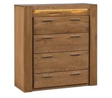 Komoda z trzema szufladami z kolekcji Velvet stanie się nie tylko użytecznym meblem, ale też niebanalną ozdobą pomieszczenia. Piękno litego drewna...
