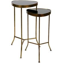 Zestaw 2 stolików metalowych  Wymiary:  80x47,5x47,5/ 70,5x41x41 Wysokość siedzenia: 80 / 70,5 Głębokość siedzenia: 47,5 / 41  Kolor:  -...