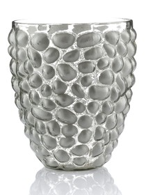 LAURENT to szklane wyroby marki ALURO utrzymane w białych i błękitnych odcieniach , często z dodatkiem złota lub srebra . Grube artystyczne szkło , w...