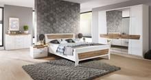 Montreal zestaw  Ciekawe połączenie białej membrany na wysoki połysk z ciepłym wybarwieniem dąb grandson sprawi, że wnętrze sypialni zyska przyjemny...