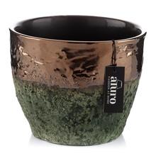Doniczka METZ to wyjatkowo staranne wykonanie i dobór kolorystyczny zadawalajcy niejednego dekoratora wnętrz. Trawiasta zieleń ( matowa i chropowata)...
