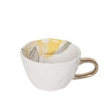 """Porcelanowa filiżanka w kolorze białym """" Good morning"""". Pojemność: 350 ml  Wymiary:  -wysokość: 8cm -szerokość: 15cm -głębokość 11cm"""