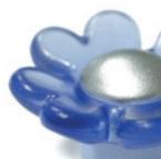 Gałka dziecięca z kolekcji Linoselli Glaseffekt.  Wykonana z tworzywa sztucznego w kolorze niebieskim.   Pełna uroku różowa gałka to świetne...