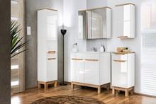 Beble łazienkowe z kolekcji Bali charakteryzują się najwyższą jakością wykonania, meble posiadają fronty w białym połysku wzbogacone o drewnopodobne...
