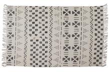 Kolor: off-white Materiał: bawełna (100%)  Wymiary: 160x240 cm