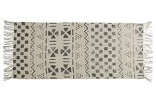 Kolor: off-white Materiał: bawełna (100%) Wymiary: 70x140 cm
