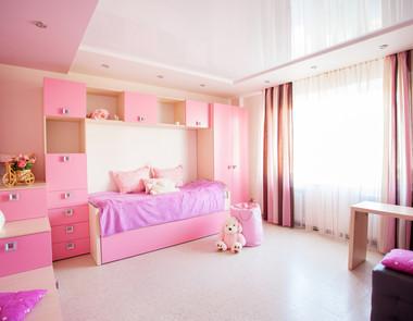 Różowy pokój dla małej i większej dziewczynki – 5 różnych  aranżacji