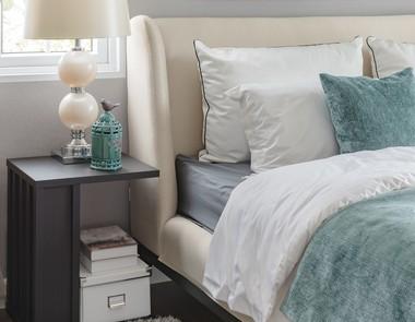 Mała sypialnia – inspiracje dla niezdecydowanych