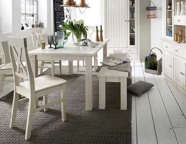 Białe stoły - czy pasują do każdej kuchni?