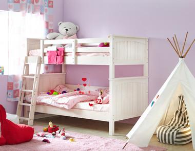 Łóżko piętrowe - funkcjonalny prezent dla najmłodszych