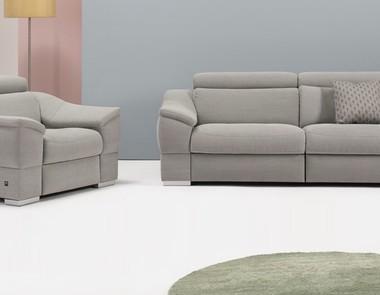 Wersalka z fotelami, czyli nieśmiertelny zestaw wypoczynkowy idealny do każdego salonu