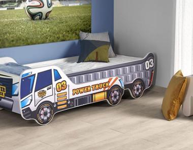 Łóżko w kształcie samochodu – spełnienie marzeń w pokoju chłopca