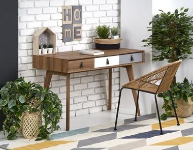 Domowe biuro w salonie dla każdego!