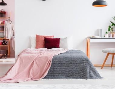 Biurko w sypialni - czy to dobry pomysł?