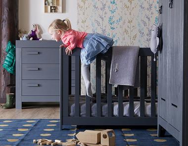 Meble dziecięce do małego pokoju - urządź przystań dla swojego malucha