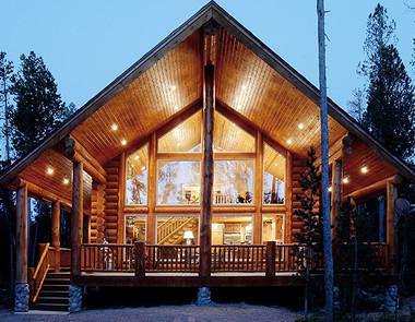 Dom z bali - wnętrze pełne uroku
