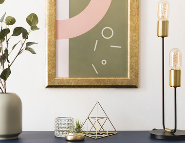 Złote dodatki do domu – pozwól sobie na odrobinę luksusu i elegancji