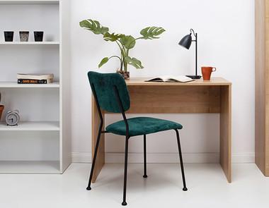 Pomysł na biurko w małym pokoju
